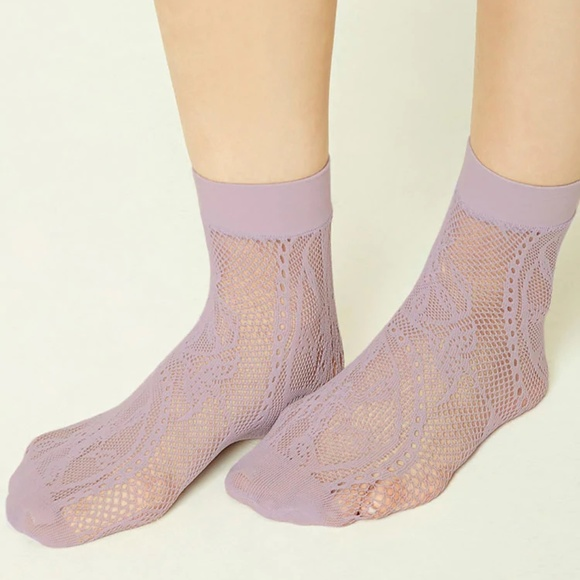 ccf786cf10 💓3/$15💓 Sheer Floral Lace Ankle Socks NWT